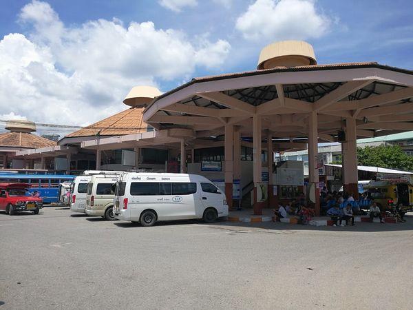 チェンマイ・バス・ターミナル1(チャーンプアック・バス・ターミナル)