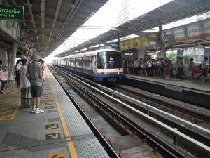 タイのスカイトレインMRT
