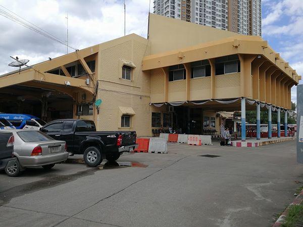 チェンマイバスターミナル2(アーケドバスターミナル)