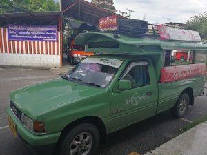 チェンマイの緑色ソンテウ